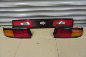 JDM Nissan S14 Zenki Rear Tail Light Set – Upgrade – OEM