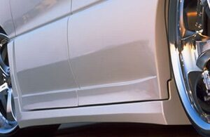 VERTEX 2000-2005 Toyota Estima Side Skirts (Pair) + Door Panels